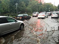 Второй раз за пять дней ливневые дожди затопили Москву