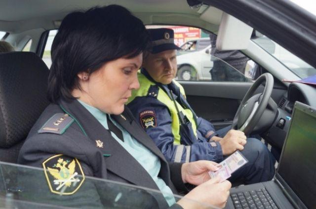 Жительница Тюменской области съела поросенка, арестованного приставами