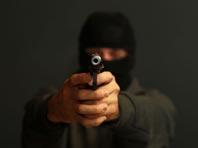 Бизнесмена со стрельбой ограбили на Кутузовском проспекте