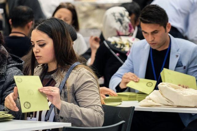 Наблюдатели ОБСЕ заявили о нарушениях в ходе референдума в Турции