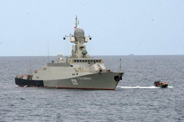 Отряд кораблей ВМС Ирана прибыл в Махачкалу