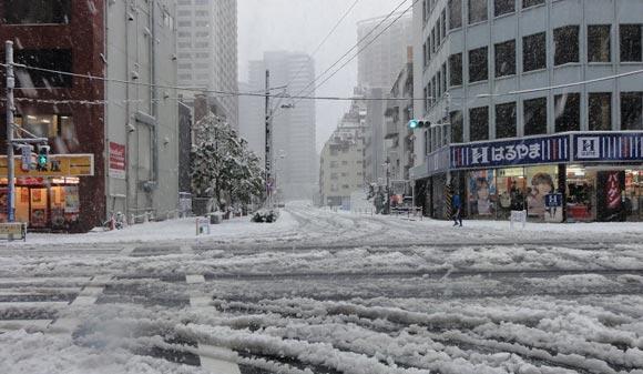 На японском острове впервые более чем за сотню лет выпал снег
