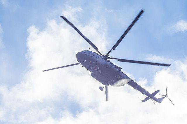 СМИ: на Ямале вертолет Ми-8 совершил вынужденную посадку